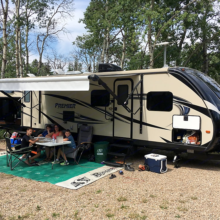 Camping in cypress hills 2017!