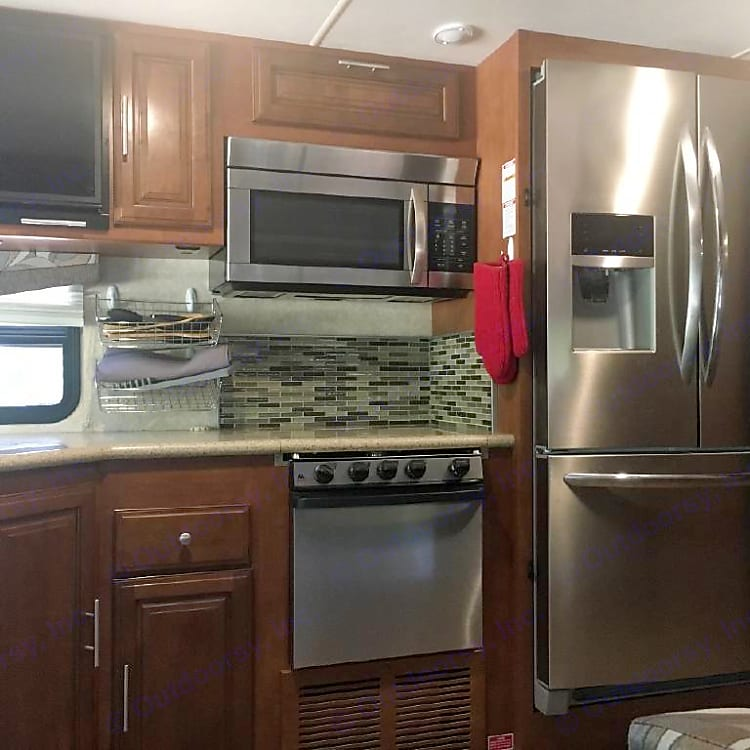 Full size galley