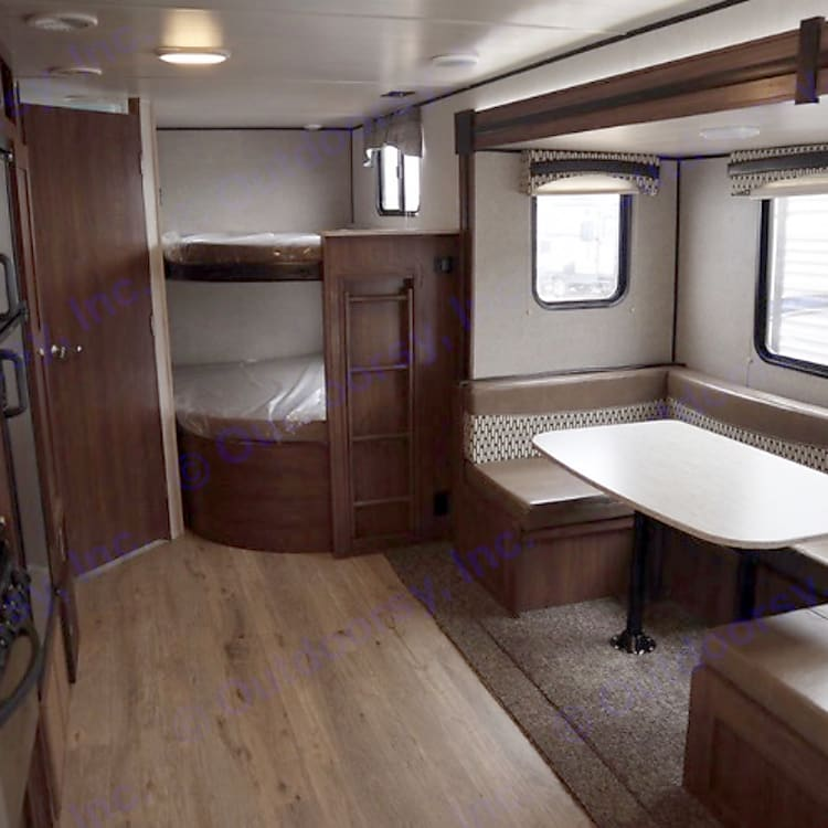 Double double bunks, table/couch slide!
