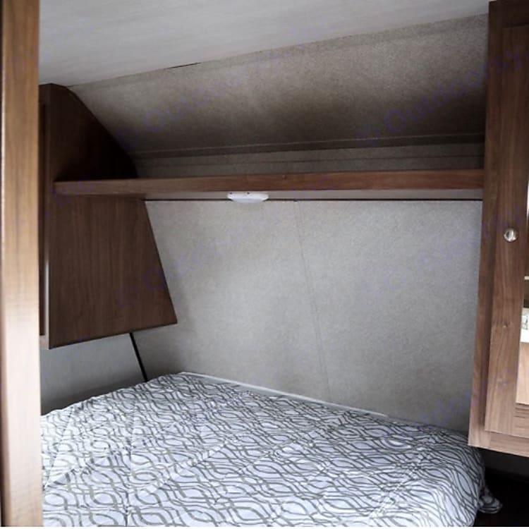Queen bed dual doors lots of storage!!