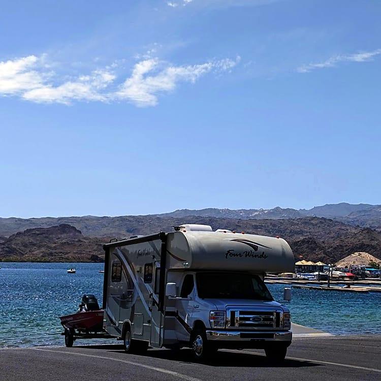 Adventuring to Lake Mojave, NV