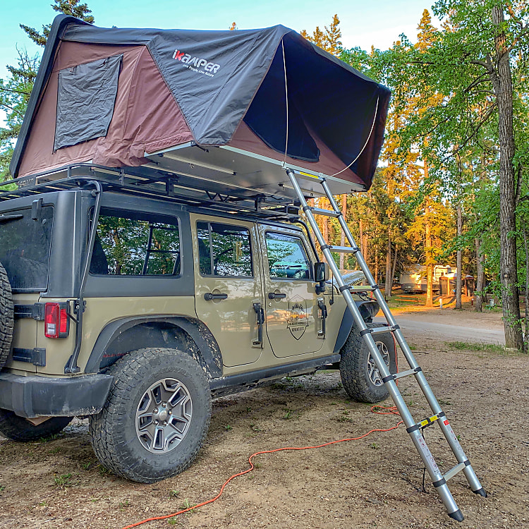 Setup is as easy as unlocking and deploy. Never worry about finding a camp sight with our Jeep and iKamper combo.