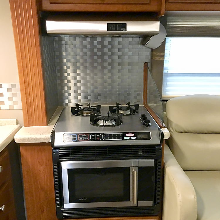 unit has microwave, convection and halftime oven