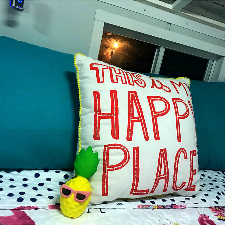 This is my happy place 🍍