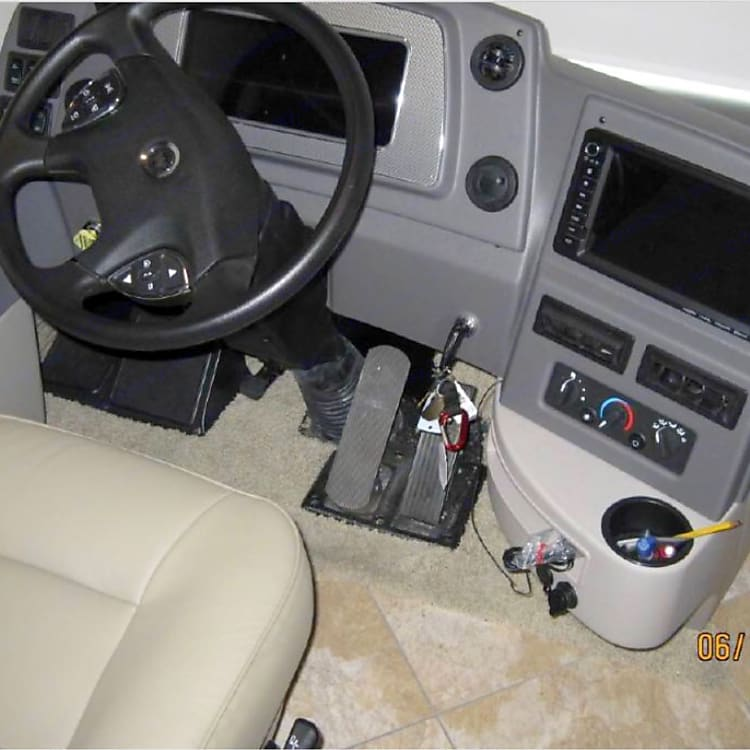 Cockpit with all the bells & whistles