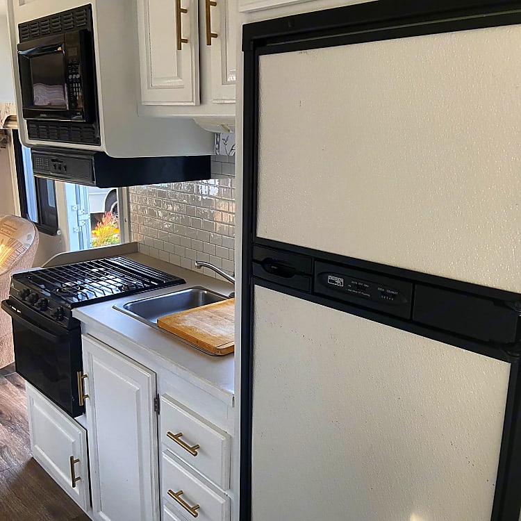 So much fridge and freezer space to keep all your food fresh before cooking by microwave, stovetop, oven or outdoor campfire.
