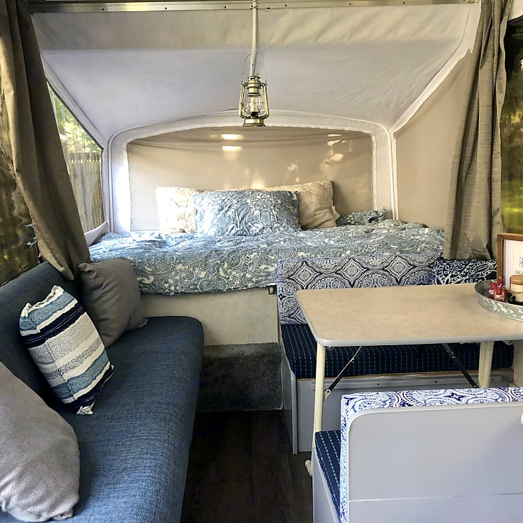 Full bunk (linens not included)