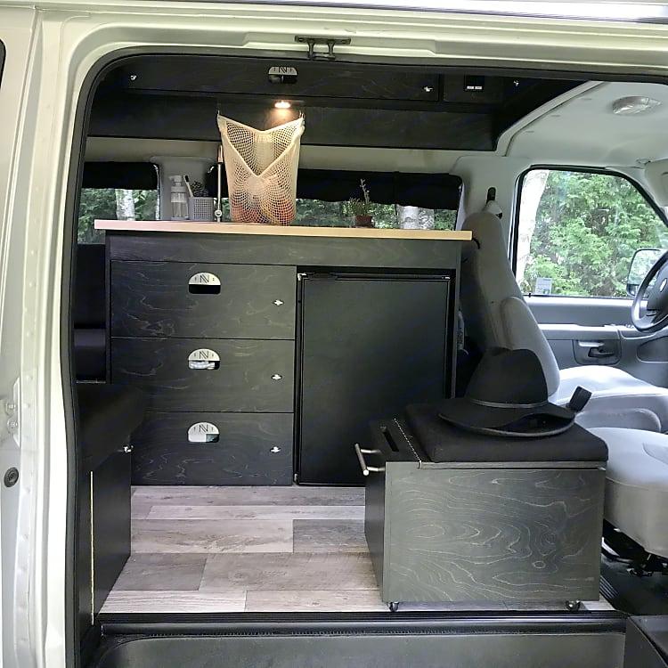 Versatile passenger seat