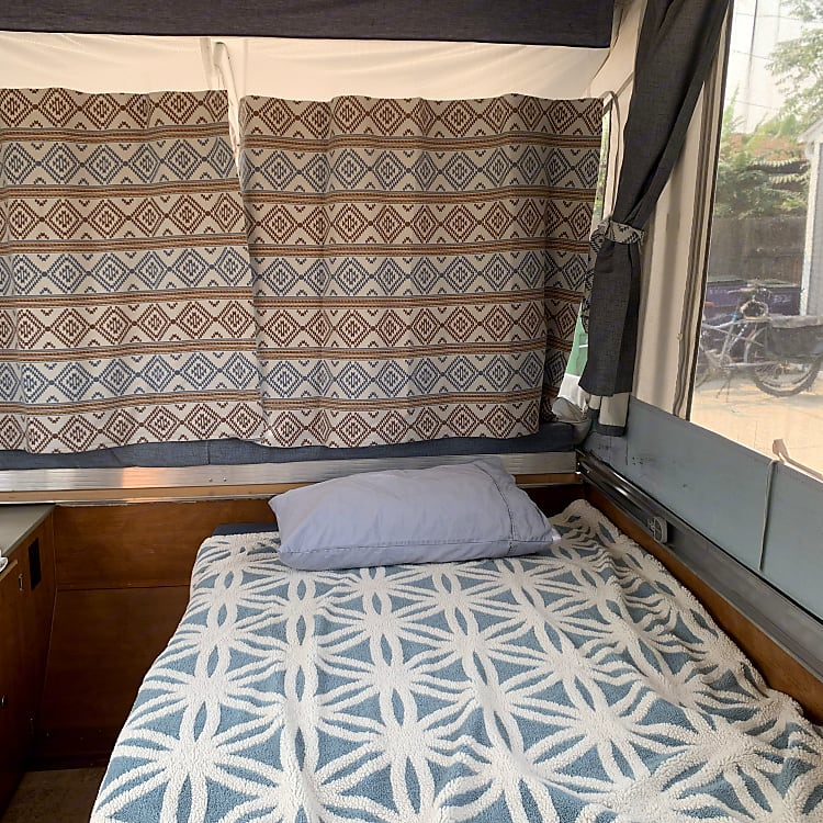 Extra twin bed