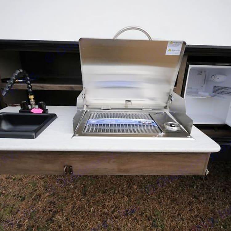 Outdoor wash station, 2 burner stove, 120v party fridge