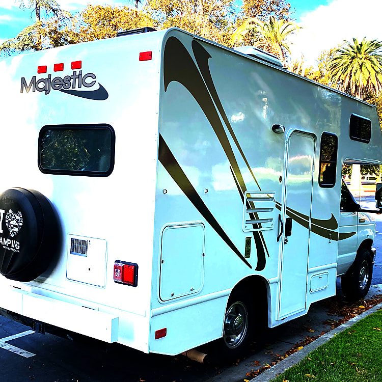 the smallest RV available at only 19' length