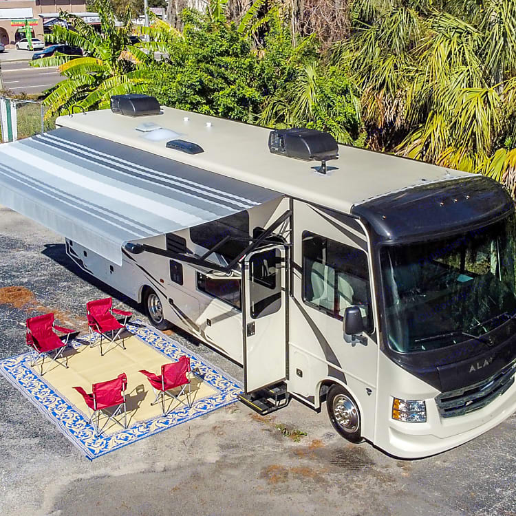 Perfect rv for the entire family!!