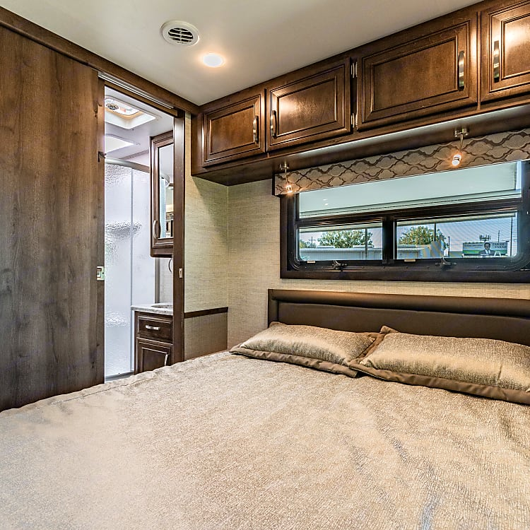 This room can be closed off from the rest of the rv. It has its own entrance to the bathroom.