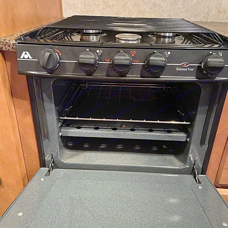 4 burner propane stove and oven
