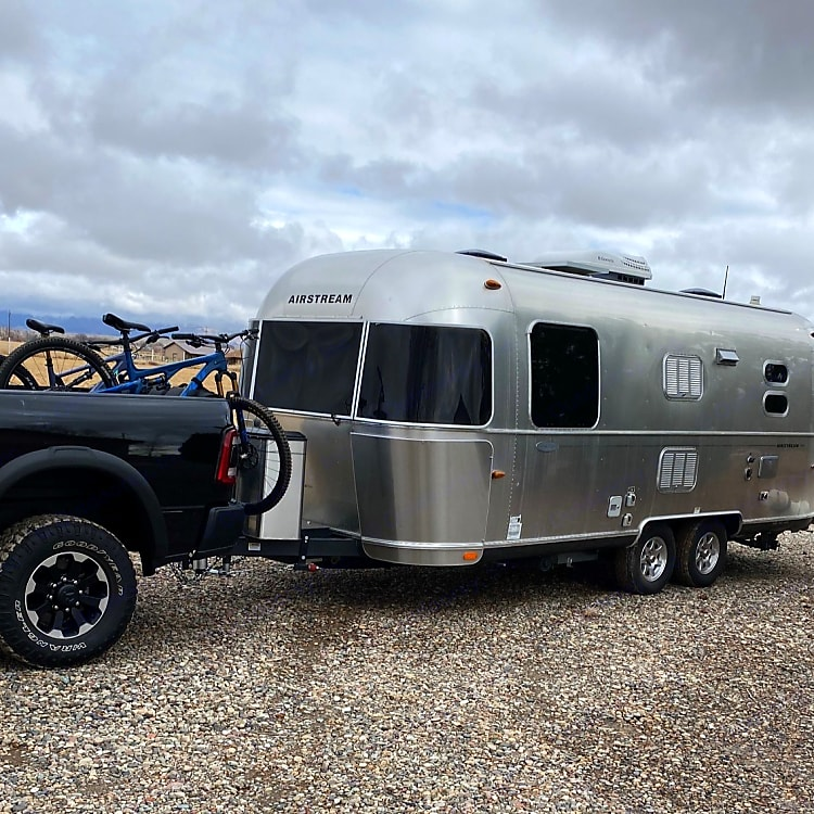 This trailer measures 23ft long from the hitch ball to rear bumper making it easy to find spots in almost any campground.