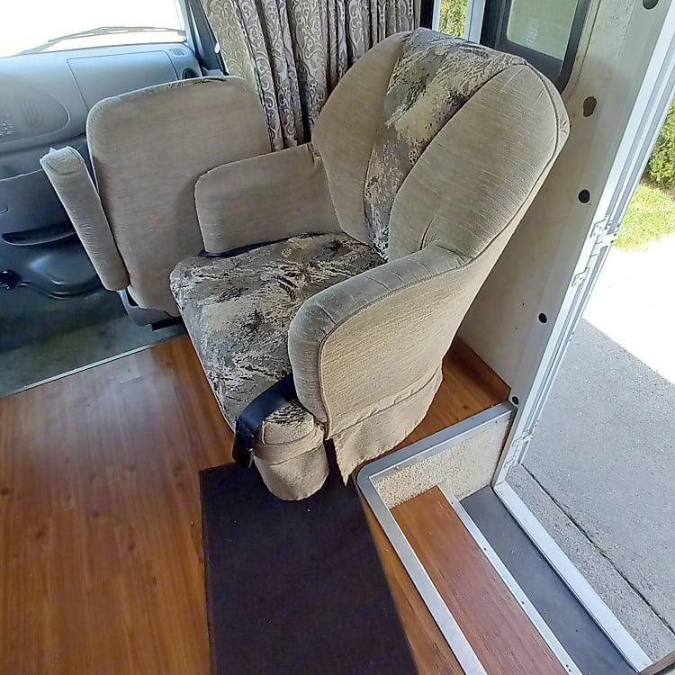Living Room Swivel Easy Chair