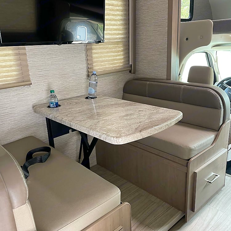 dinette that converts to sleep area