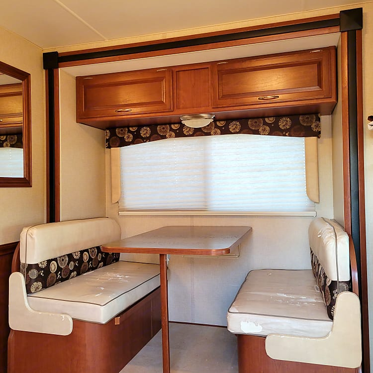 4 Seat dining with storage under the seats.