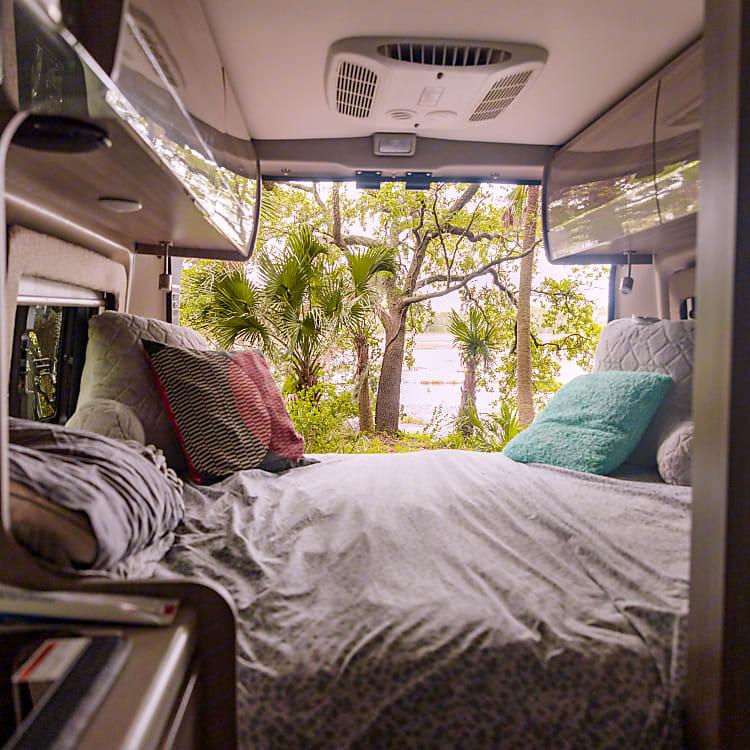 King size bed setup