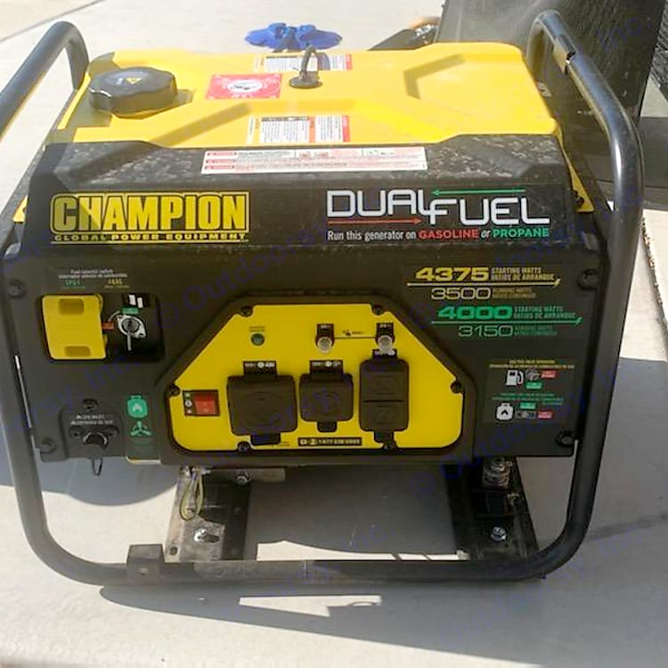 No need to deplete your onboard fuel tank. This generator runs 9 full hours of continuous use on a full tank
