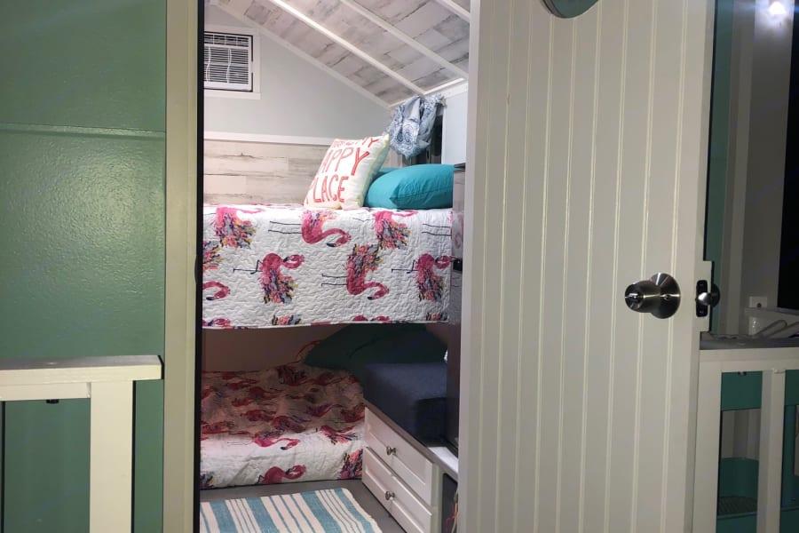 Two Queen memory foam bunk beds, adorable flamingo bedding