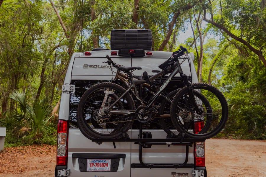 Bike rack which can accommodate 2 bikes