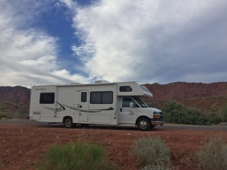 Our motor home set against the beautiful red rocks of St George Utah!. Four Winds Cheverolet 2004