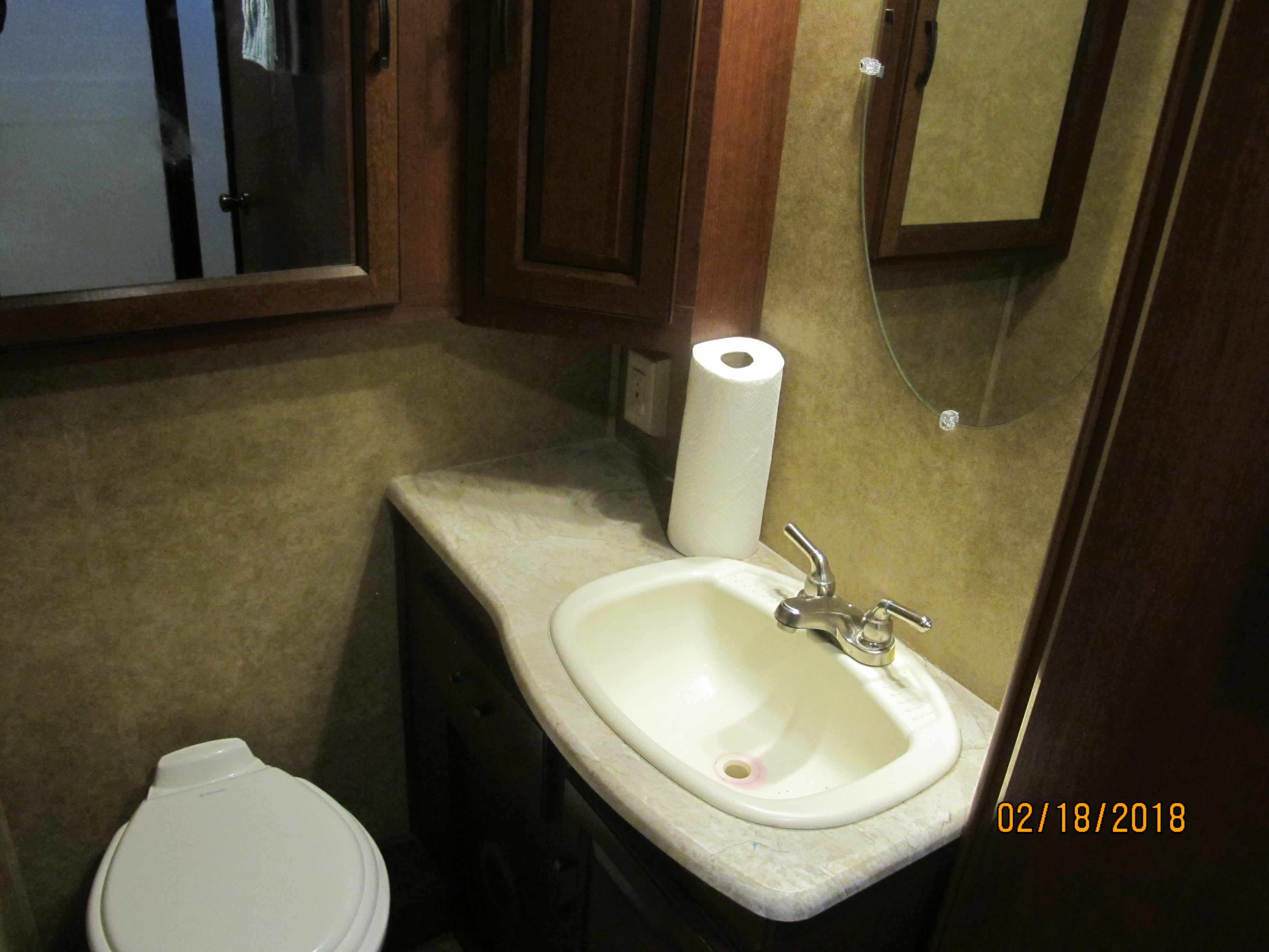 bathroom . Forest River Forester 2015