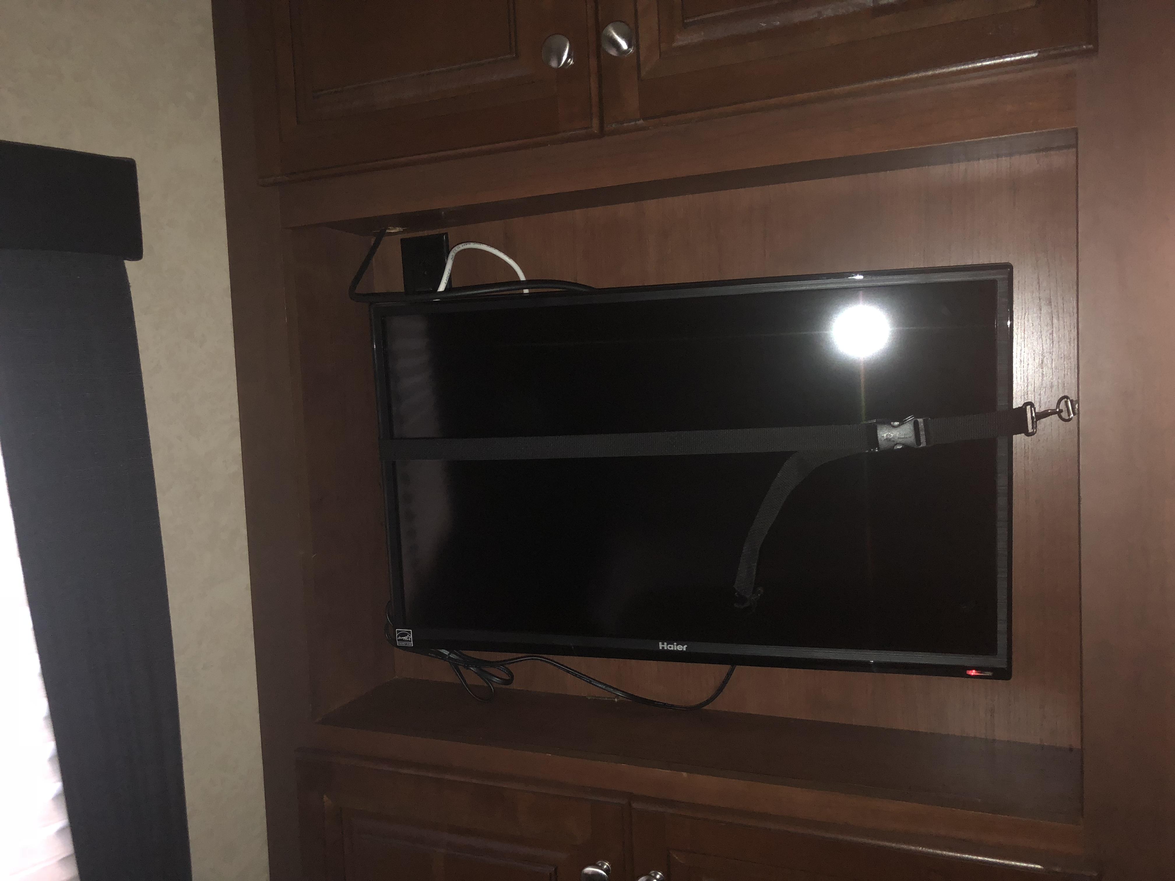Master bedroom tv. Dutchmen Voltage 2014