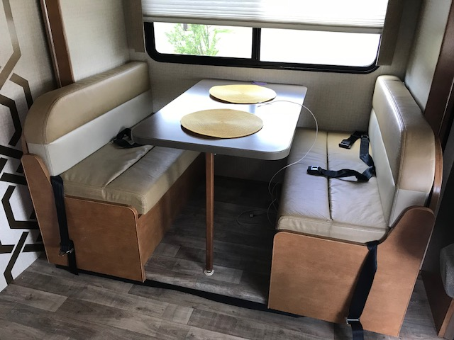 Have breakfast, lunch, and dinner at your favorite destination.  Kitchen table also folds down for additional sleeping area.. Winnebago Minnie Winnie 2017
