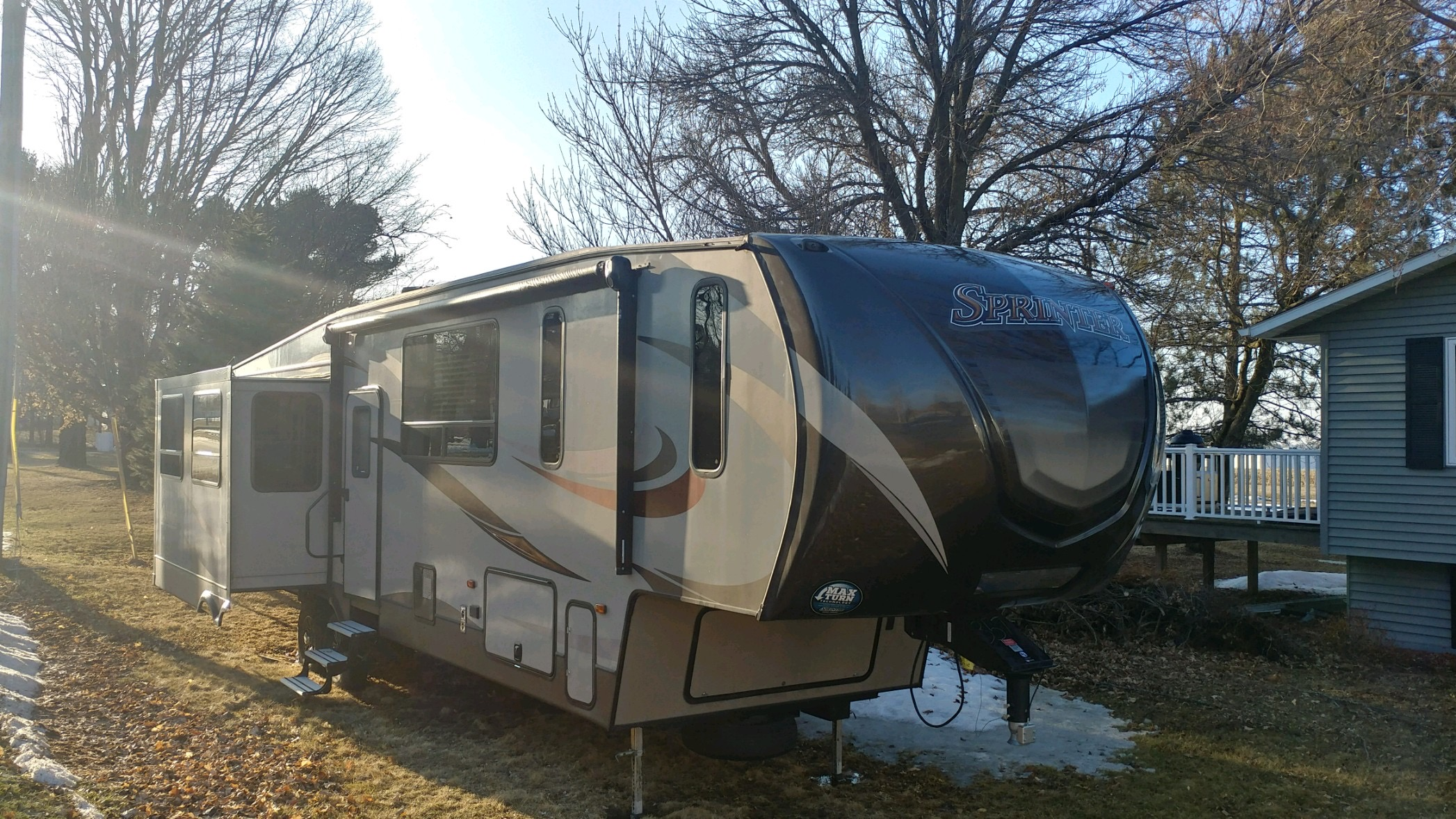 Awning side. Electric awning with speakers.. Keystone Sprinter 2016