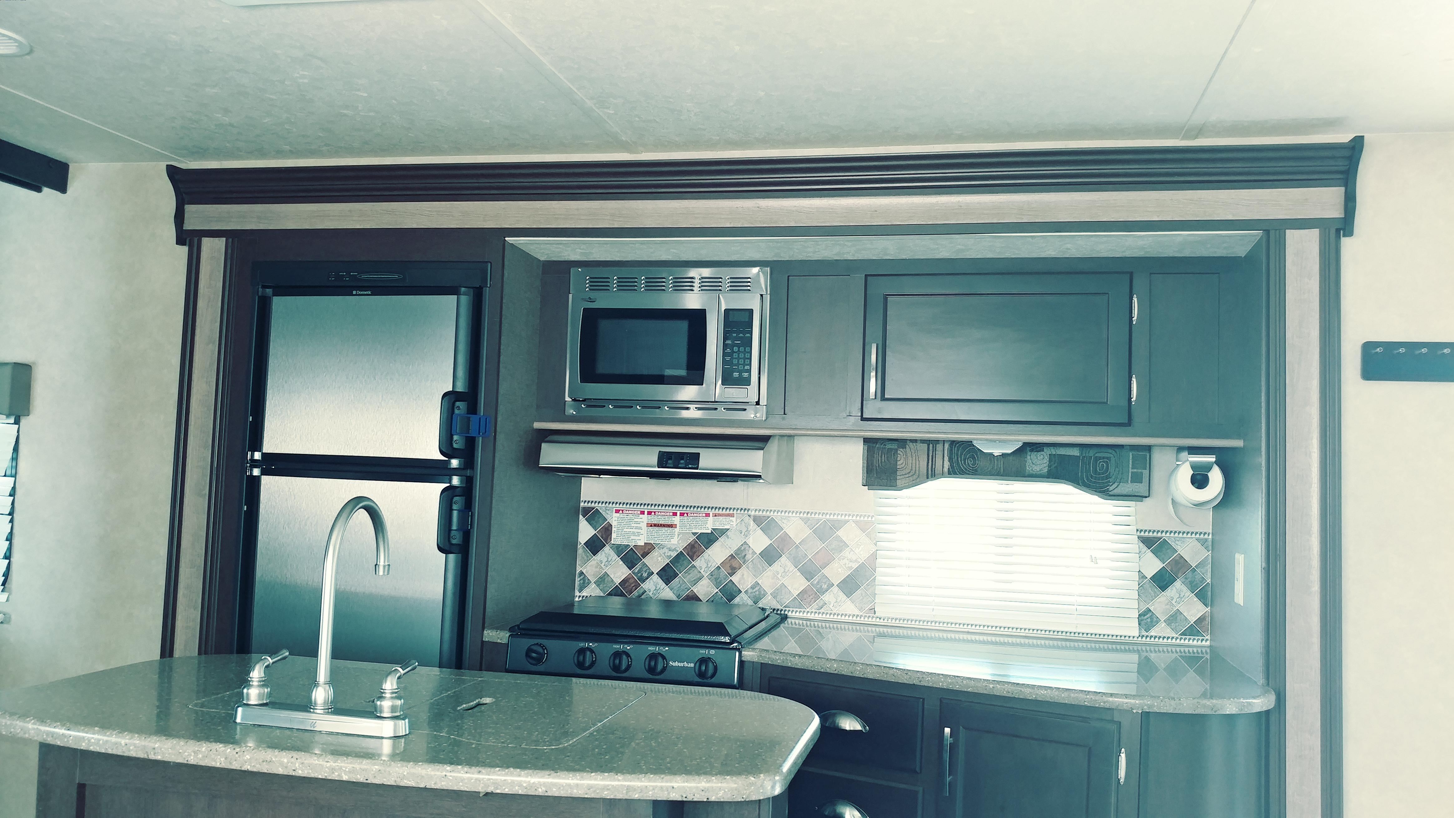 Top 25 Joshua Tree, CA RV Rentals and Motorhome Rentals   Outdoorsy