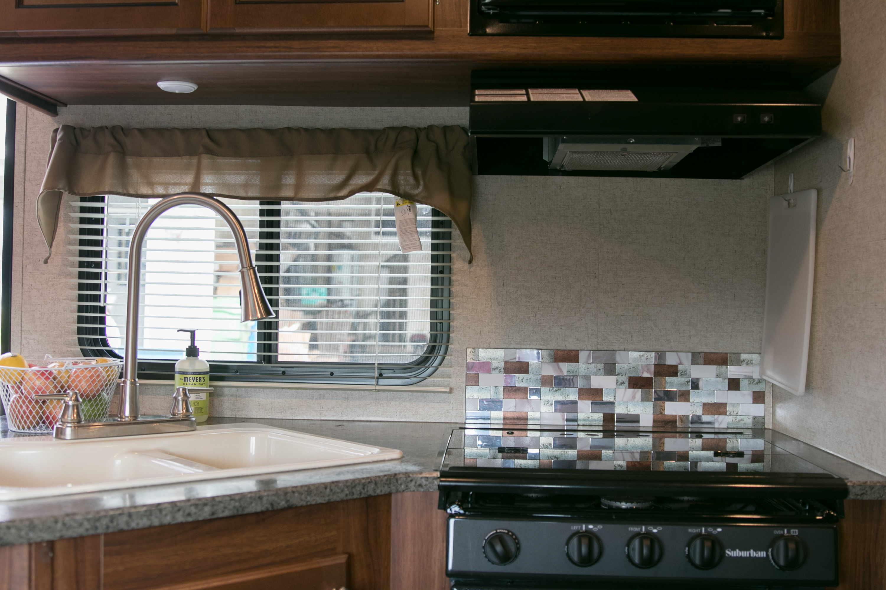 Kitchen Sink and Stove. Heartland M 2017