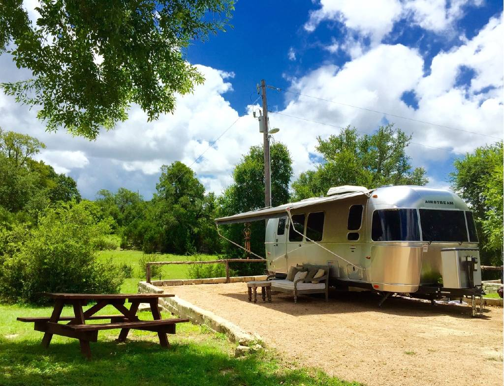 Outdoorsy liviN'!. Airstream International Serenity 27FB 2016