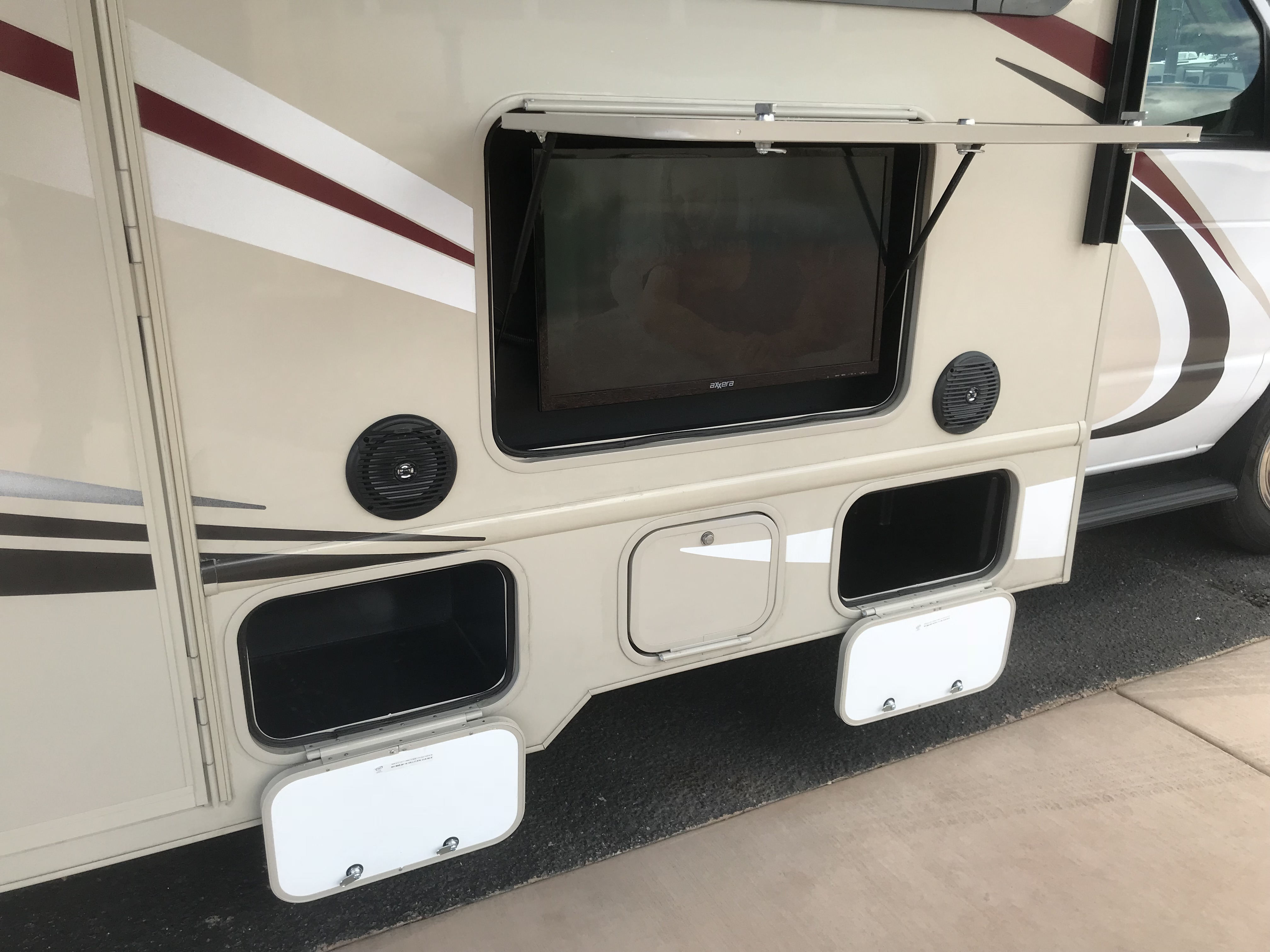Outdoor TV and speakers are great for enjoying entertainment outdoors. Chateau 31W 2018