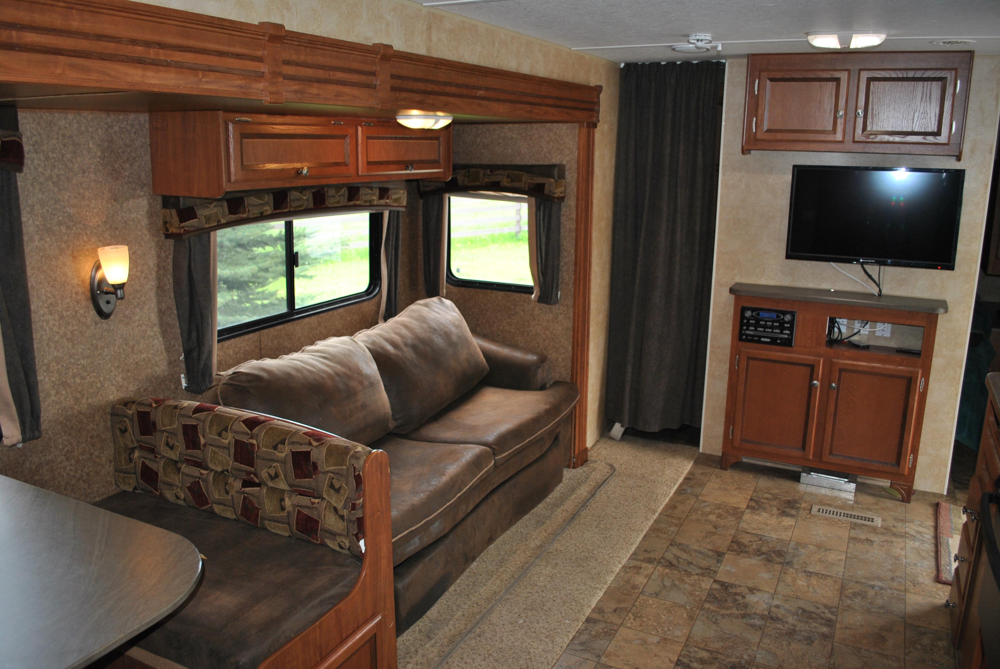 Living area looking forward.. Jayco Jay Flight 2012