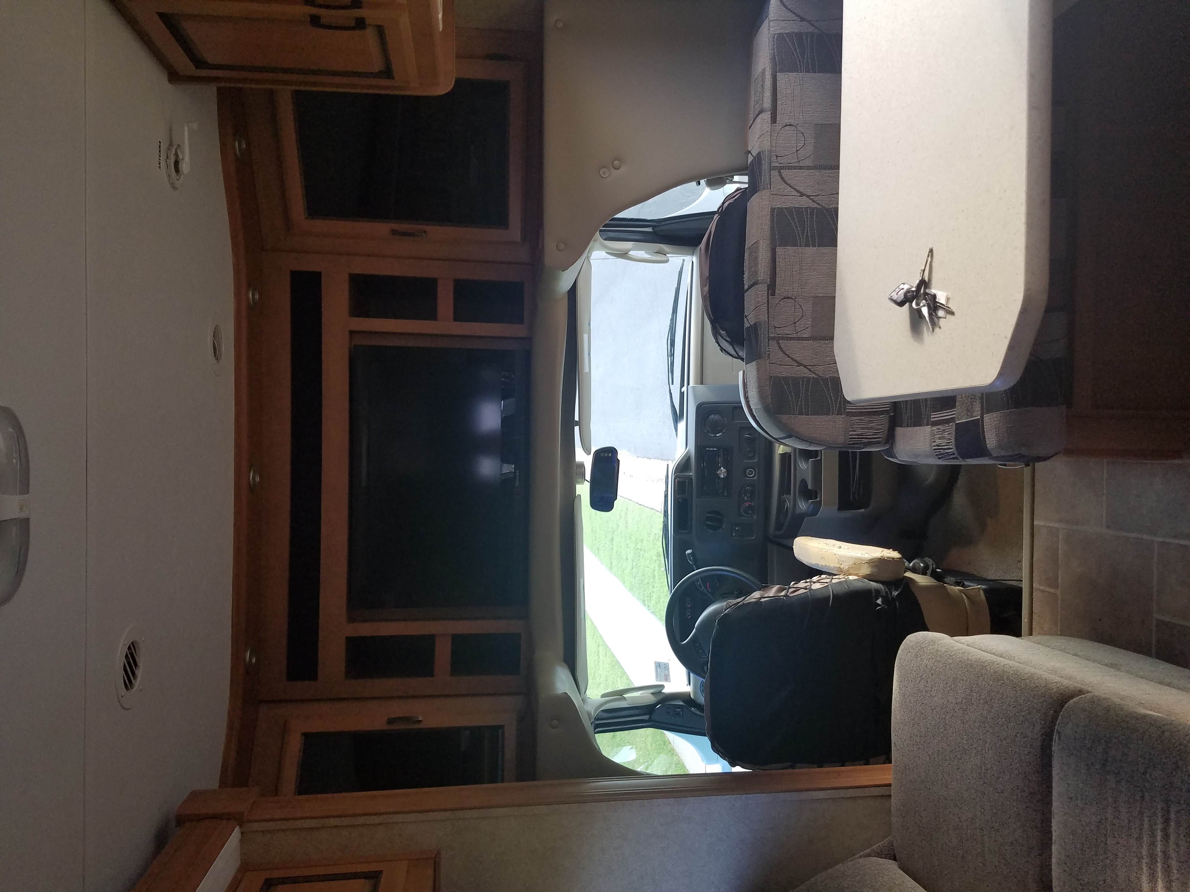front drive with entertainment center . Forest River Sunseeker 2010
