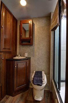 The Bathroom . Keystone Bullet 2017