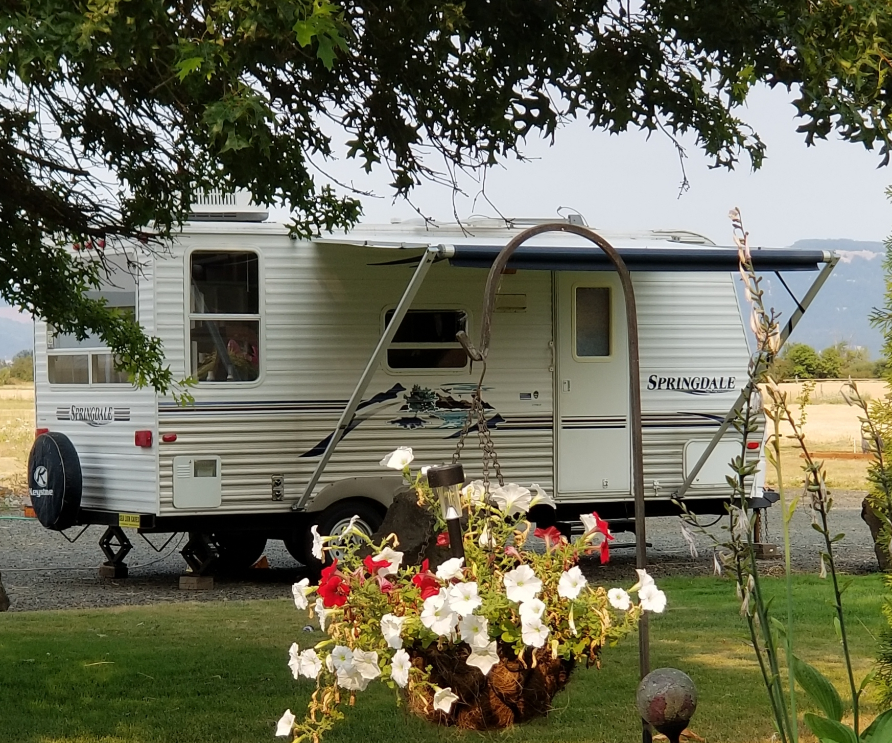 RV Rental - Crow Survival on