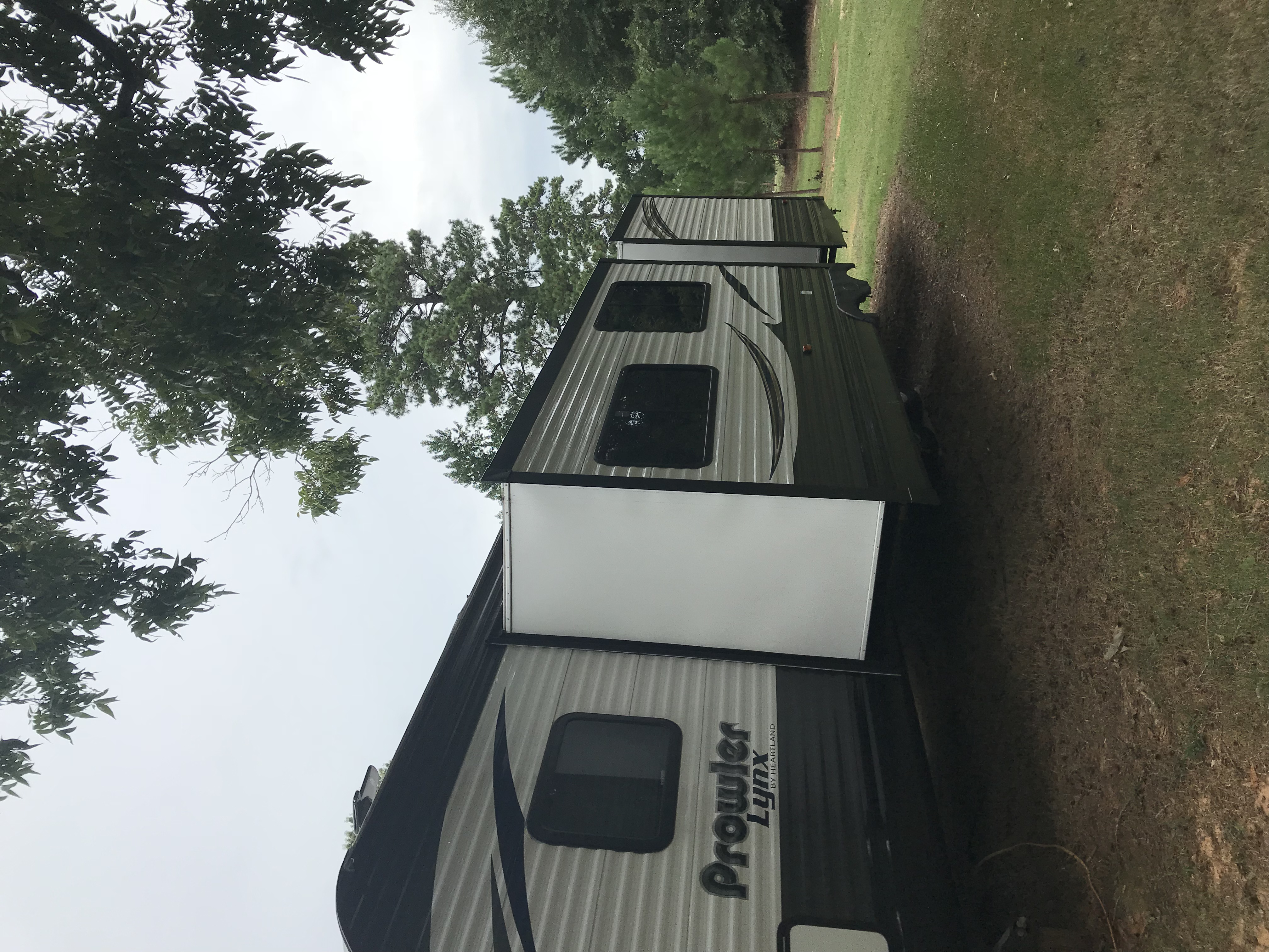 2 slide outs main living and bunk room. Heartland Prowlerlynx 2017