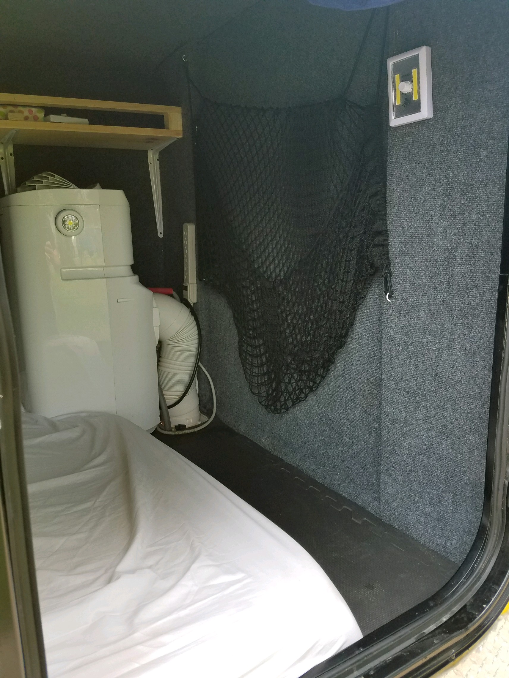 Mini Camper 5x8 w/Air 2017