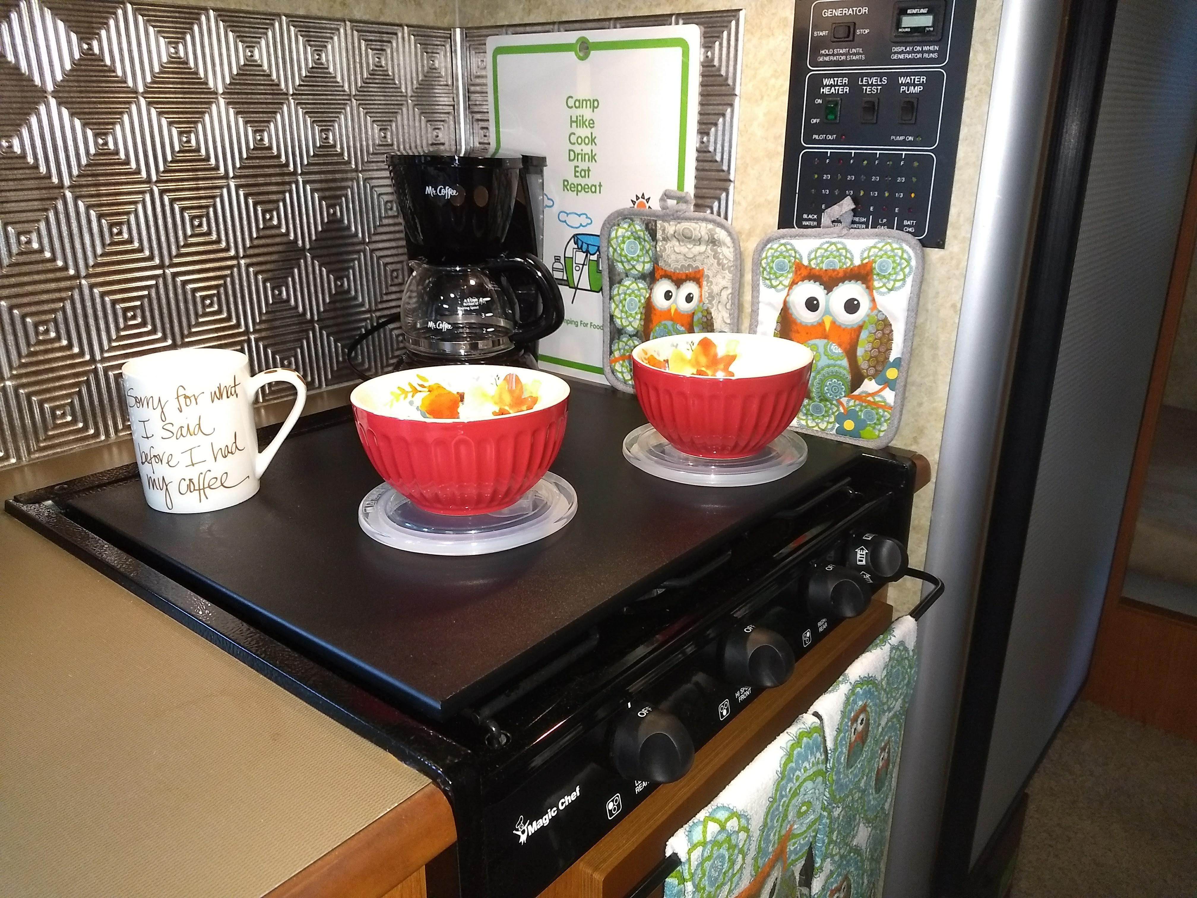 Kitchen. Winnebago View 2009