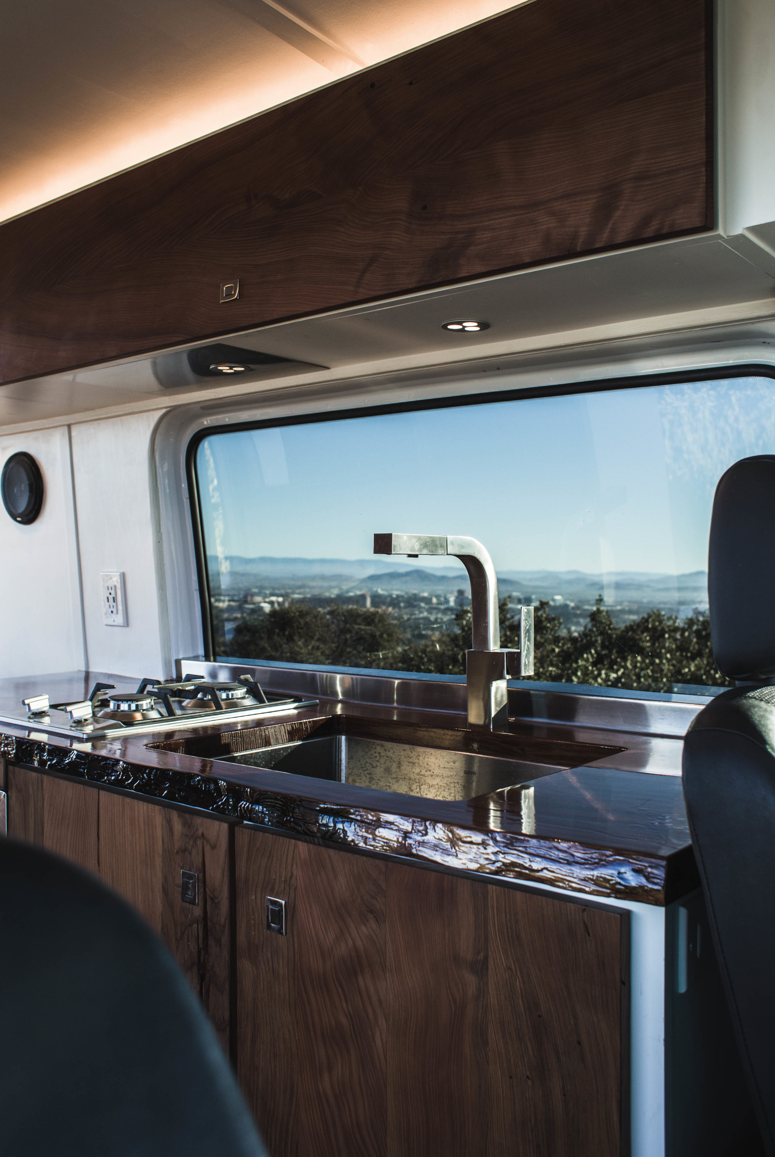 kitchen. Mercedes-Benz B class campervan MB 140 2015