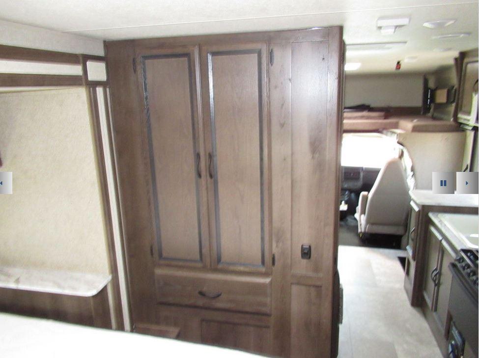 Bedroom wardrobe. Coachmen Freelander 2018