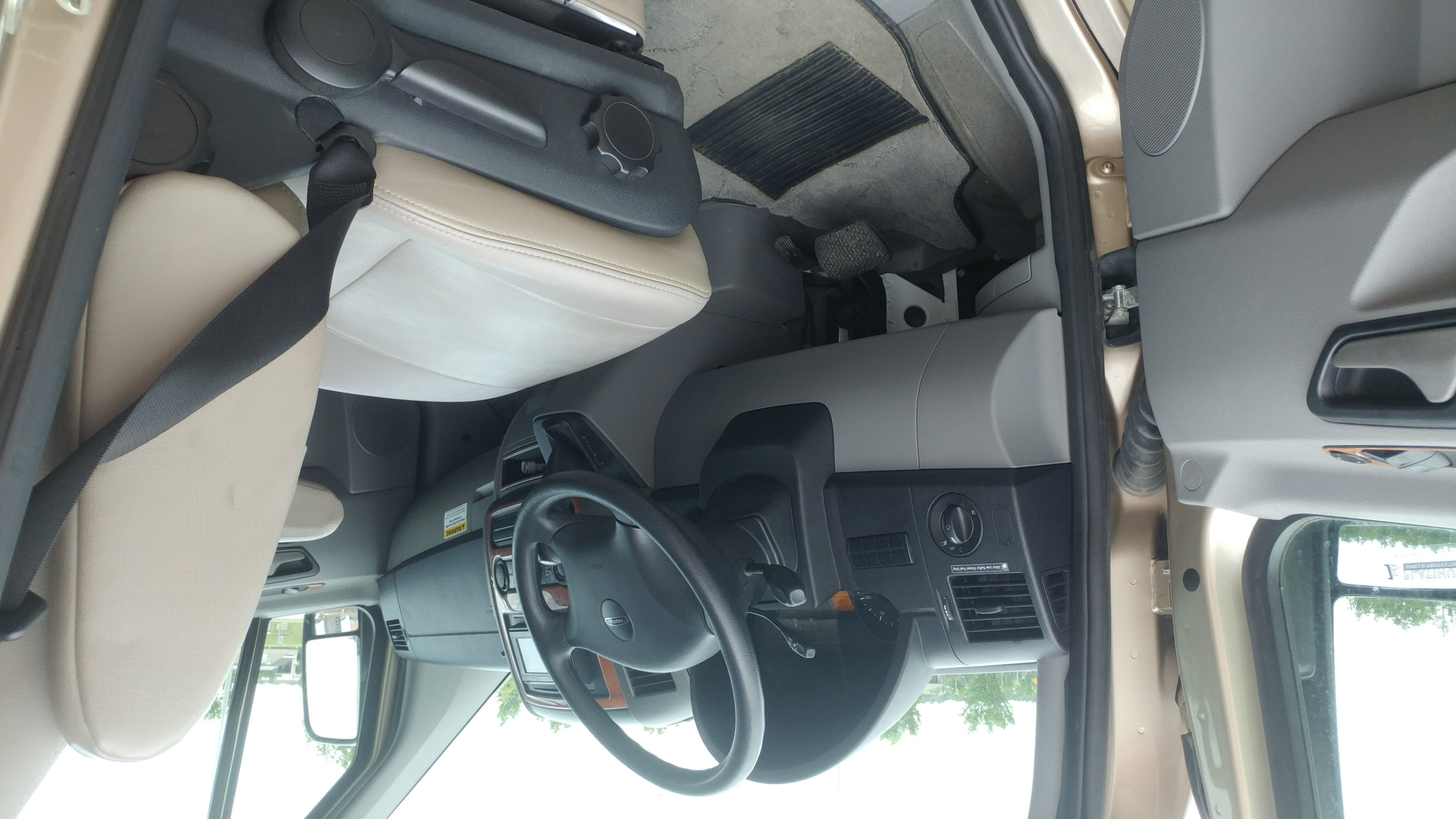 Driver's Side with Door Open.. Roadtrek Ss Ideal 2010