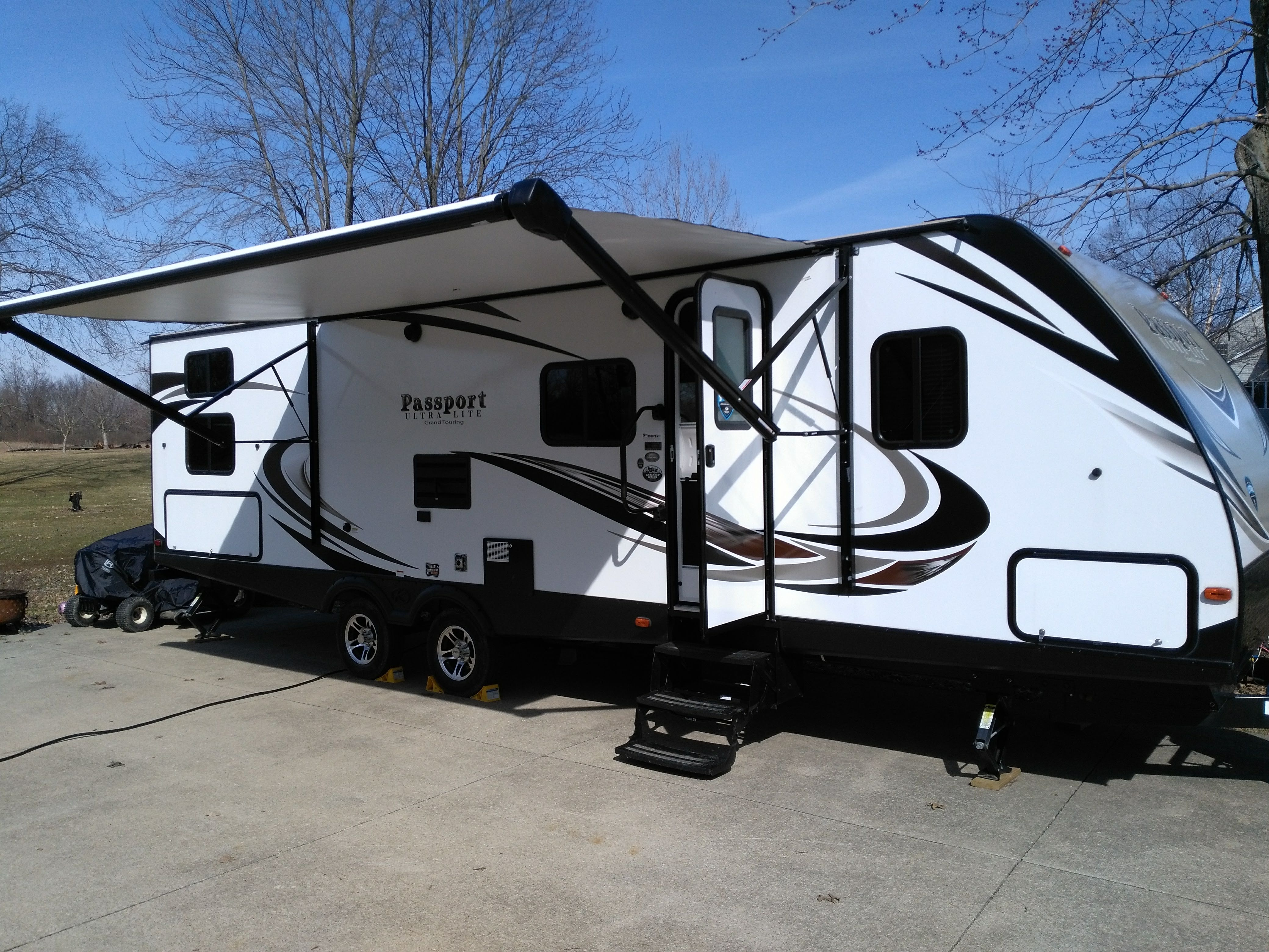 Still smells new!  Barely used, very clean 2018 Keystone Passport Ultralite.. Keystone Passport 2018