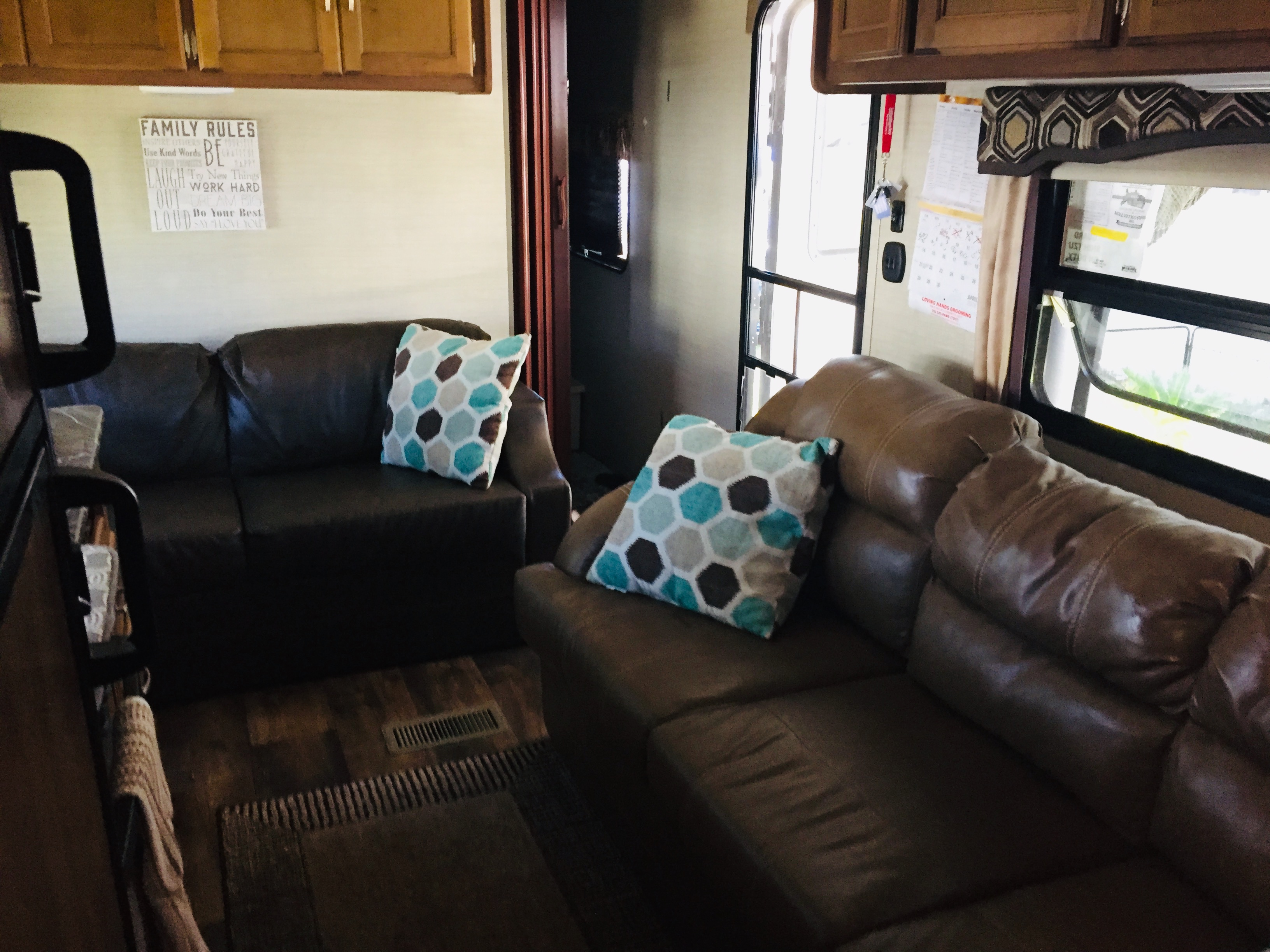 Upgraded love seat & couch . Keystone Springdale 2017