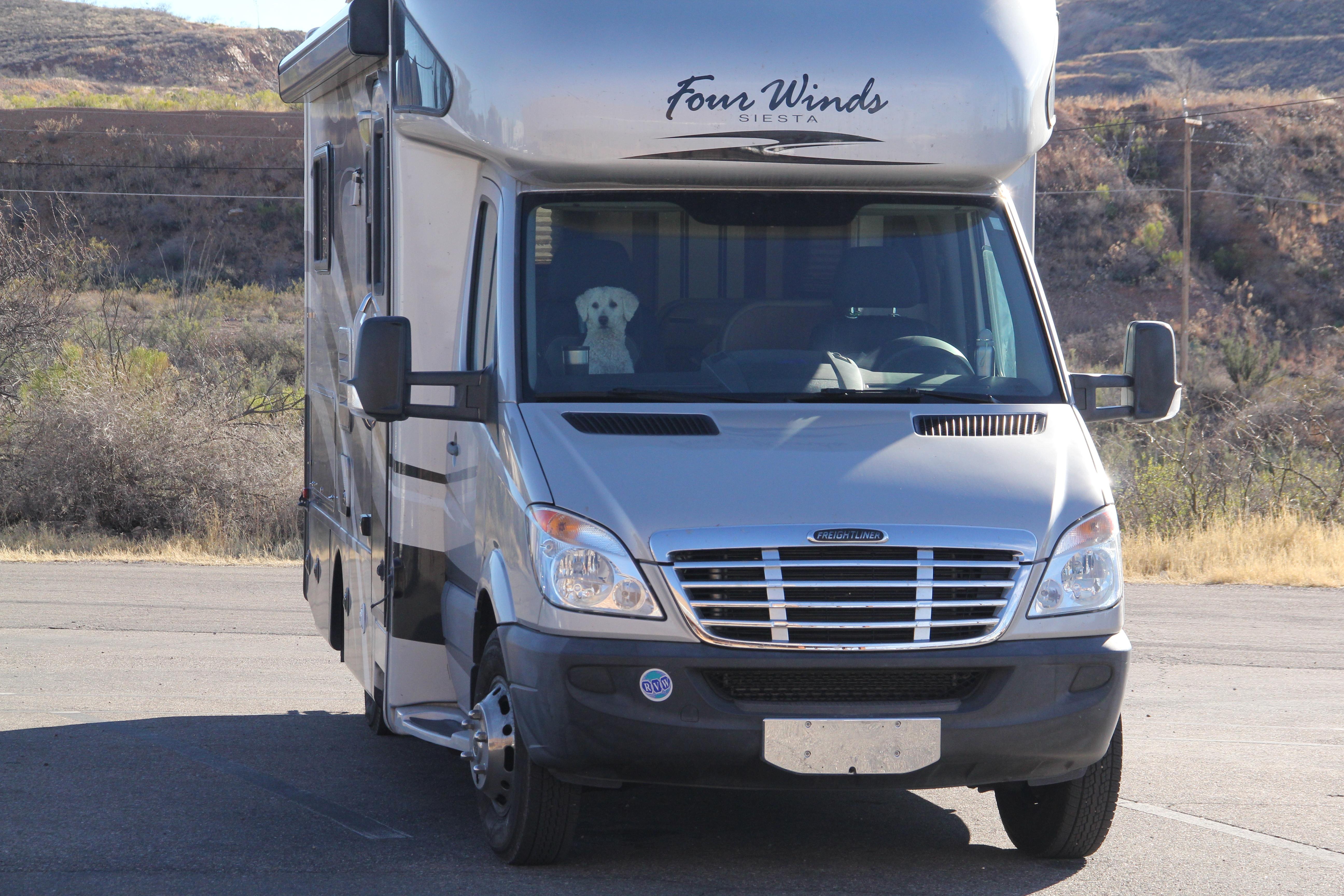 Thor Motor Coach Four Winds Siesta 2011