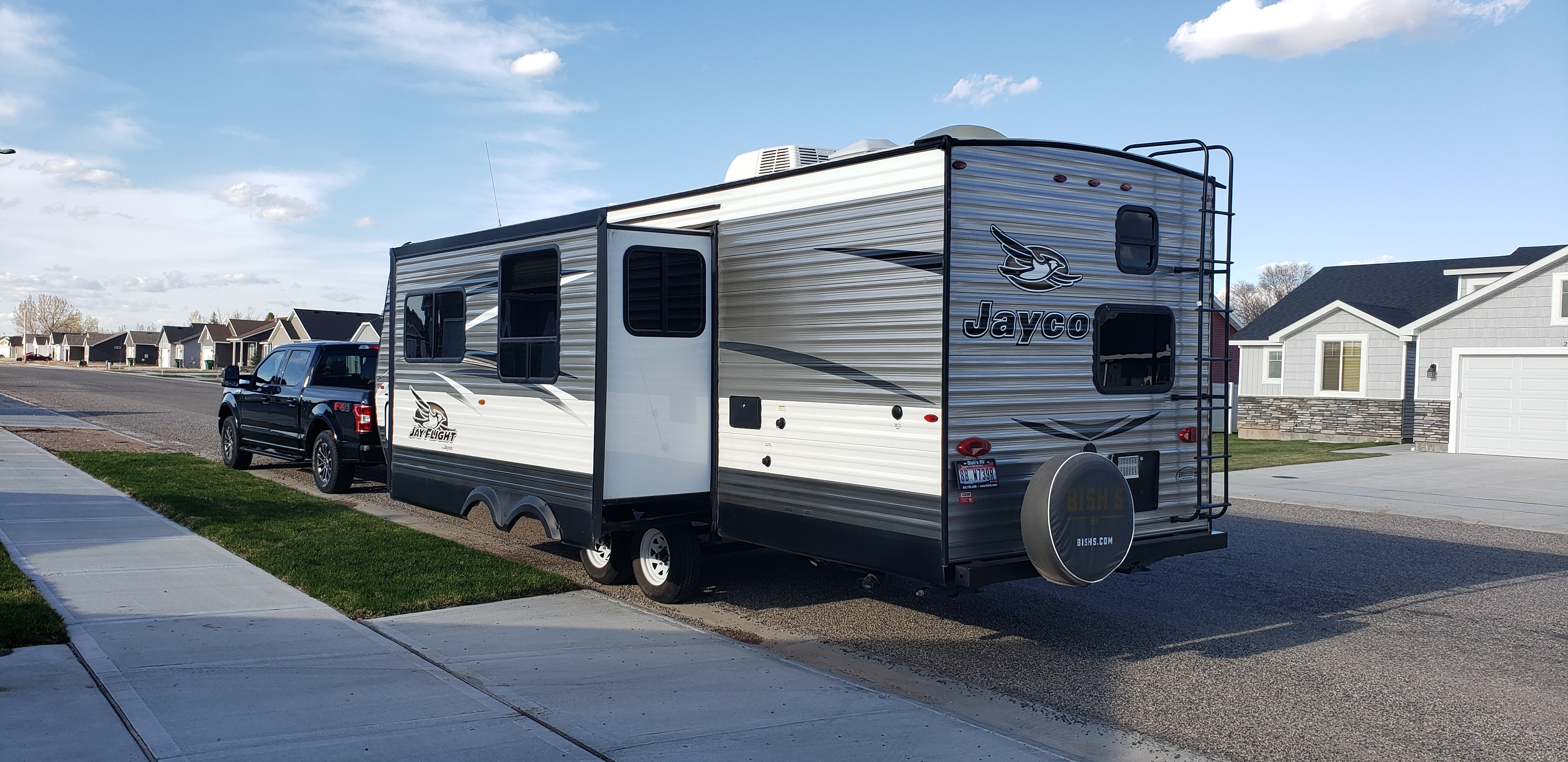 View of the slideout side. Jayco Jay Flight 2017