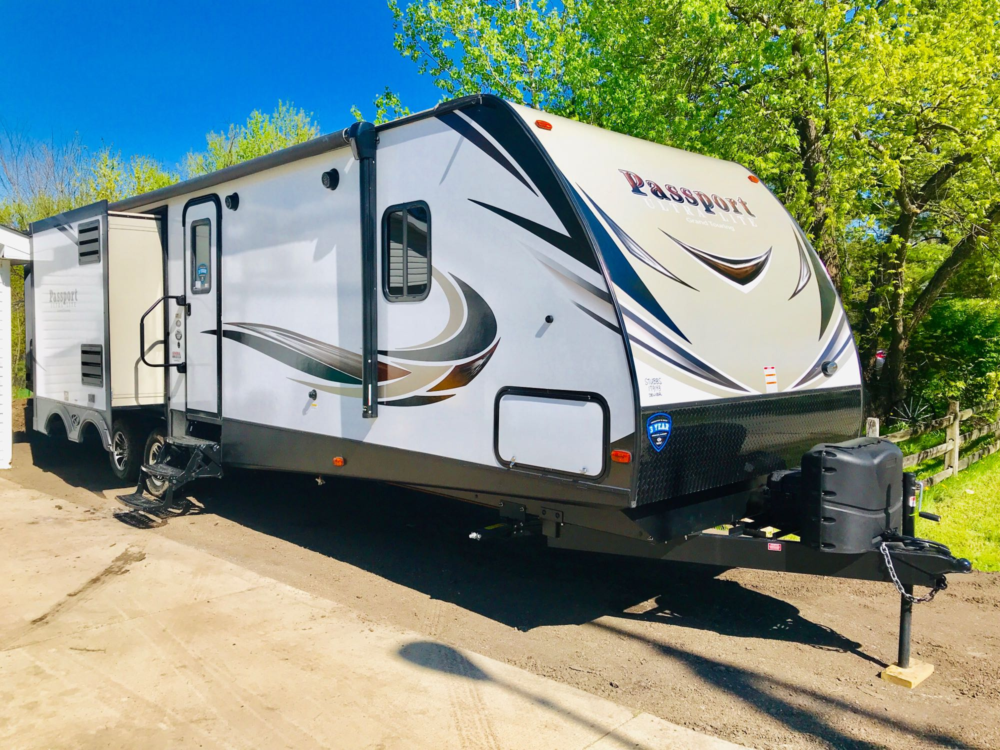 Keystone Passport Ultralite Grand Touring 3320BH 2019